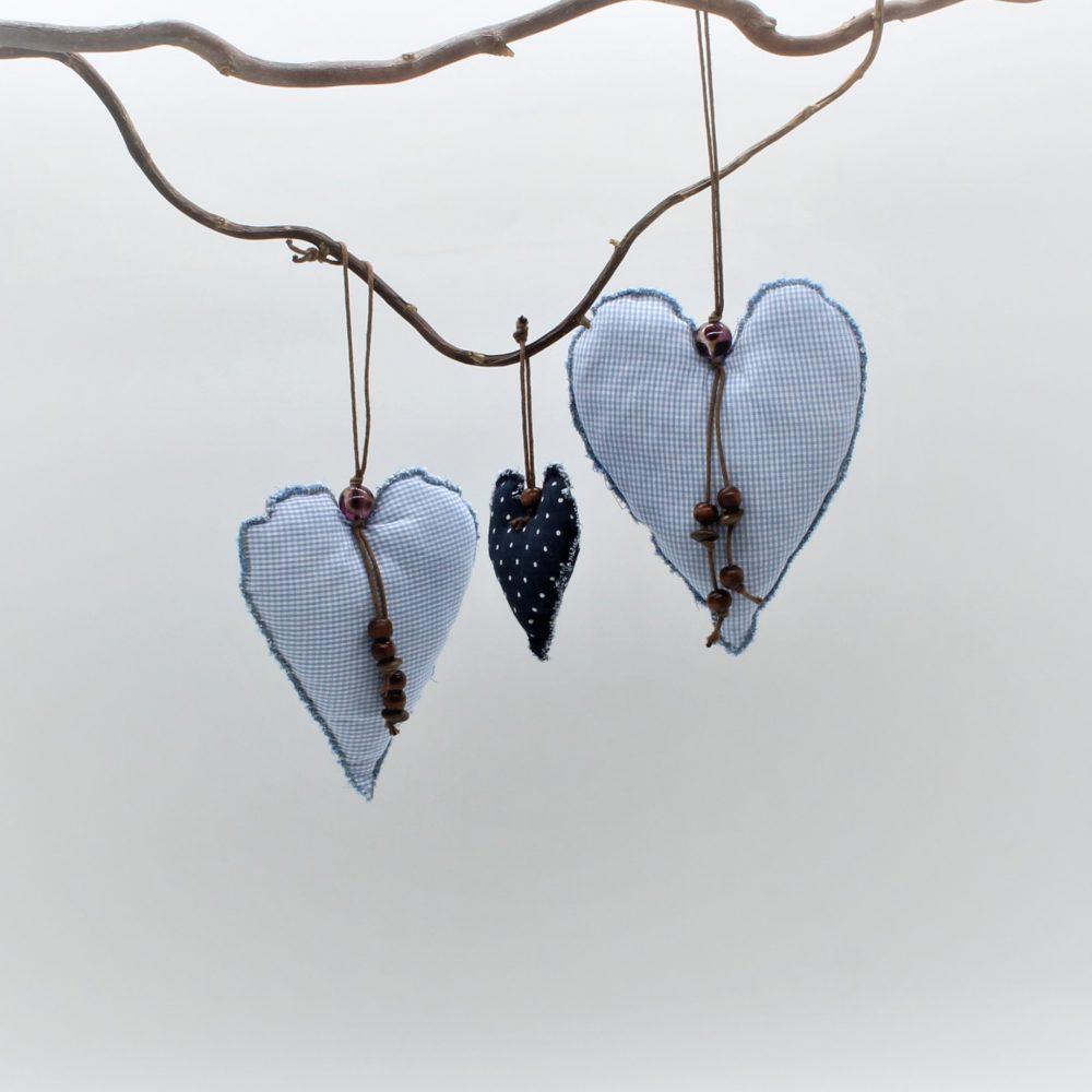 Deko-Herzen in blau
