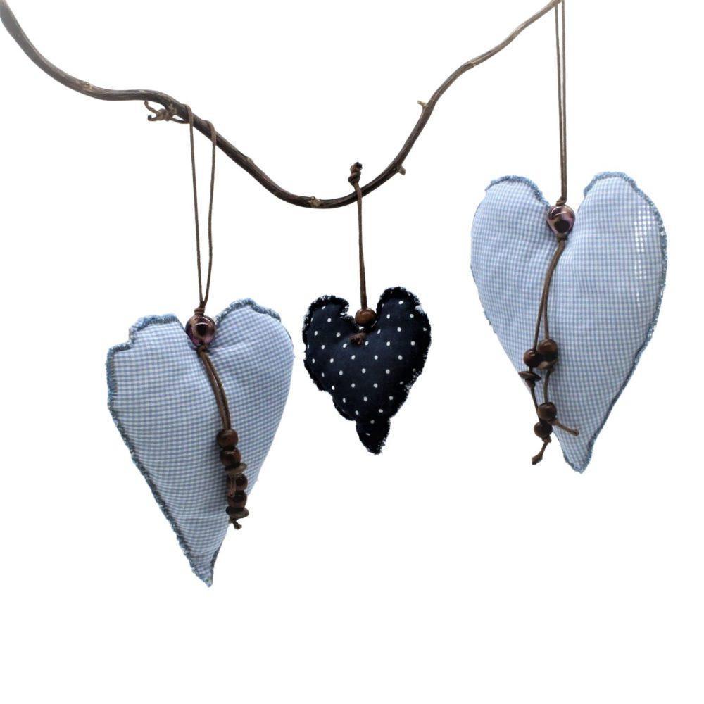 Herzen als Dekoration für Fenster