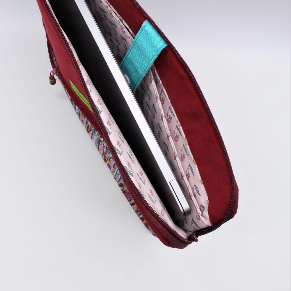 Rote Laptop-Tasche
