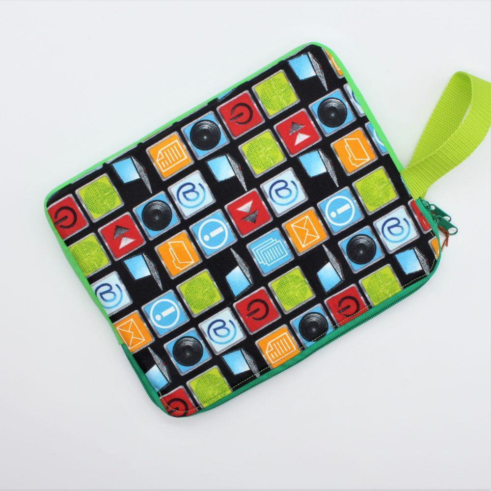 grüne Tablet-Tasche