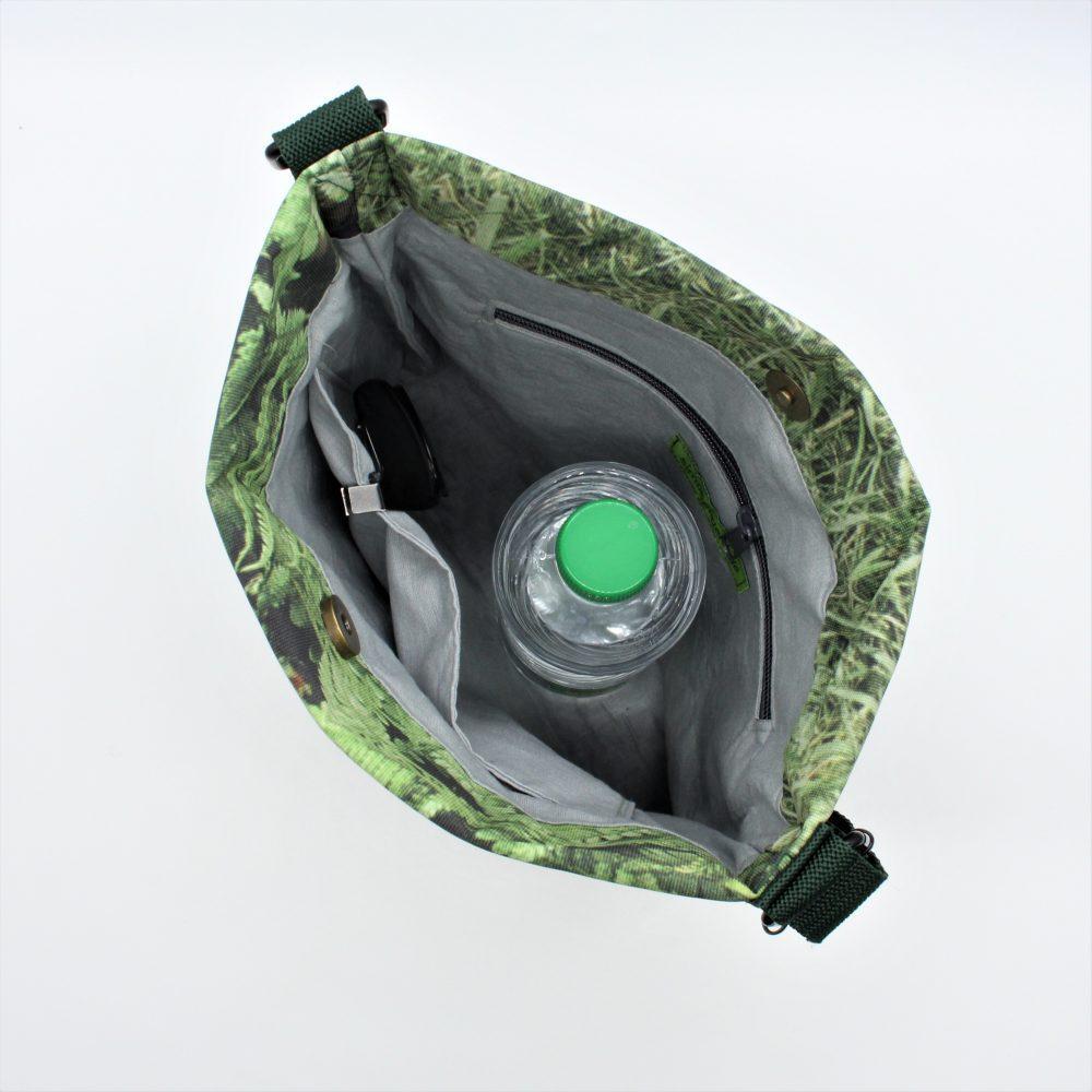 im Upcycling entstandene Männertasche