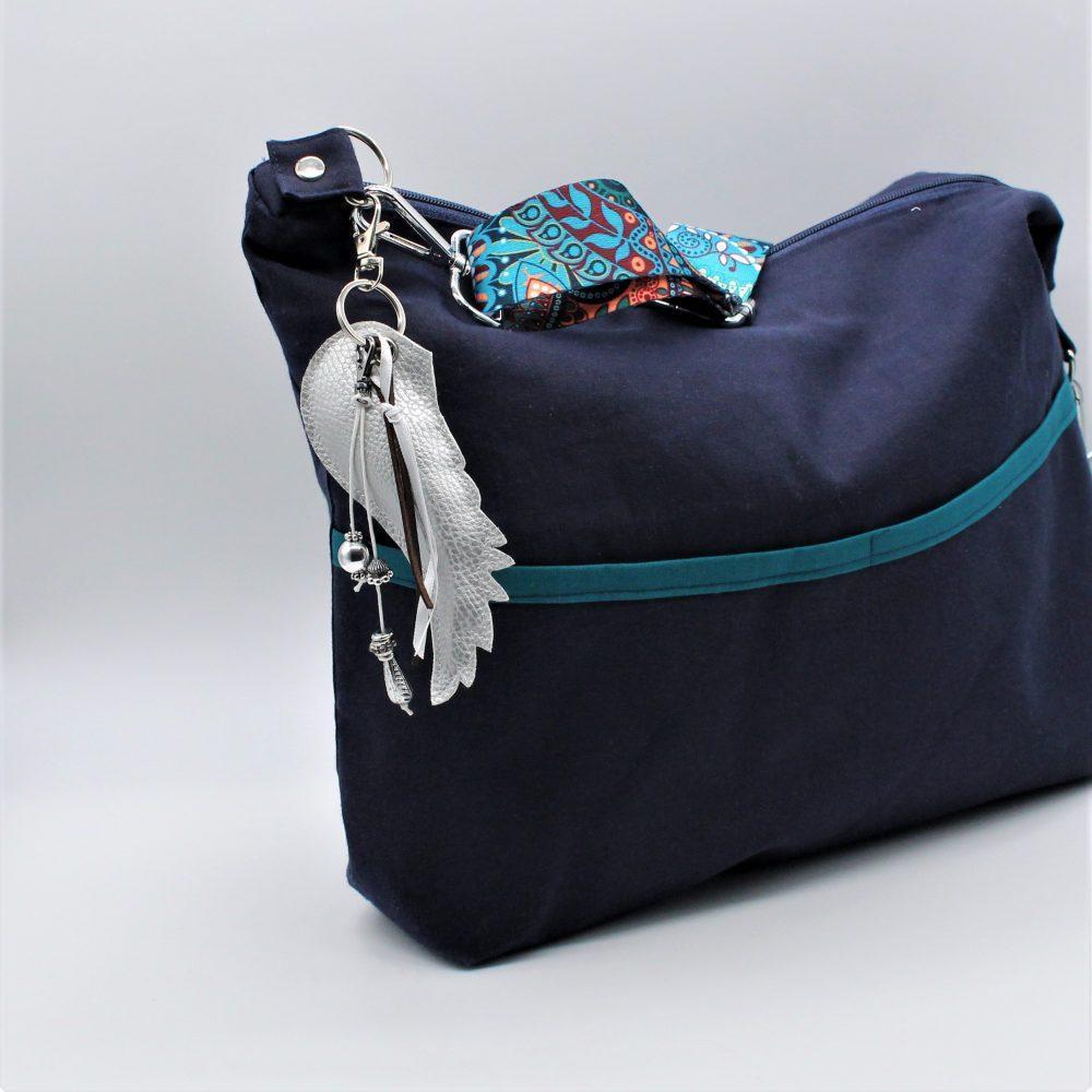 dekorativer Taschenanhänger