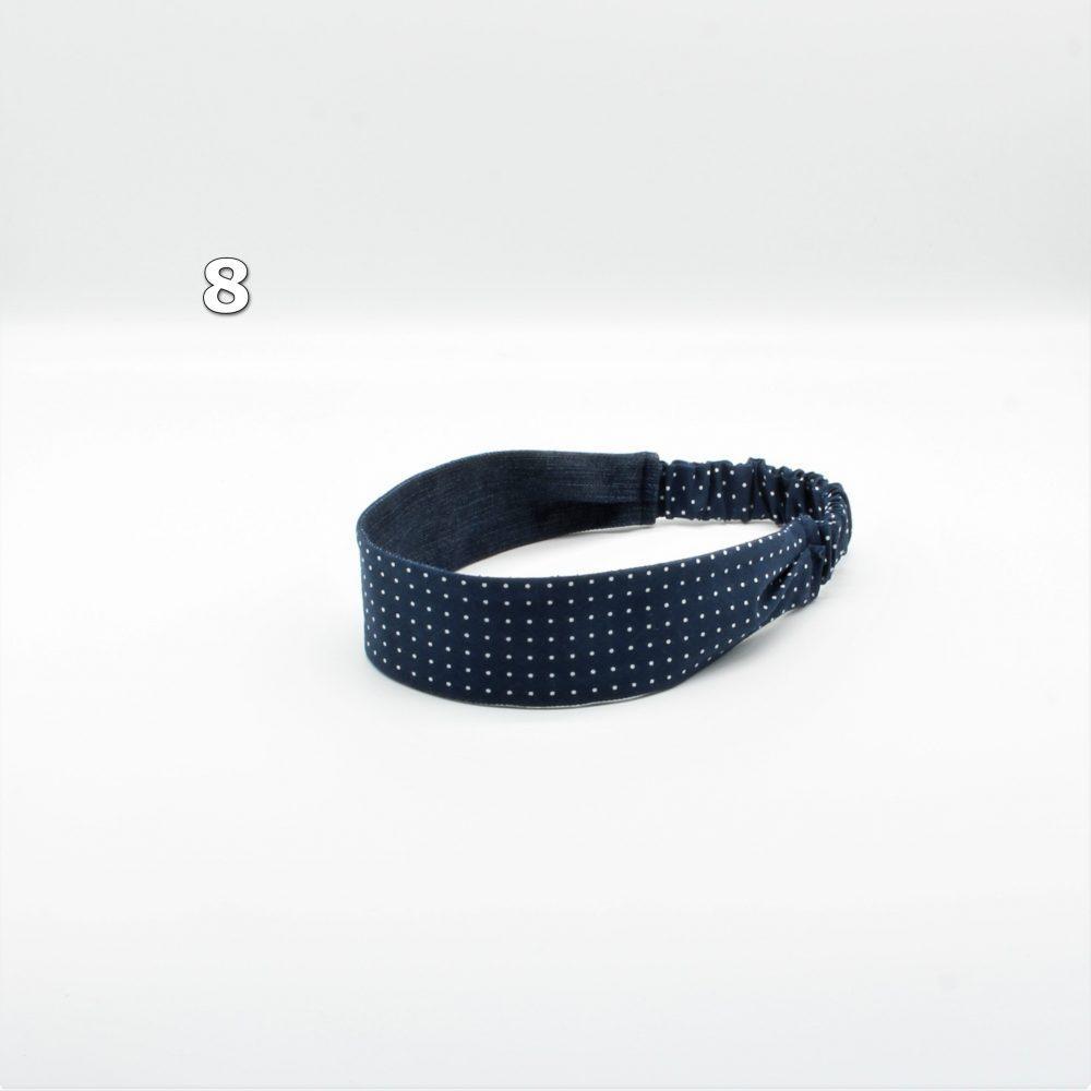 blaues Haarband mit Punkten