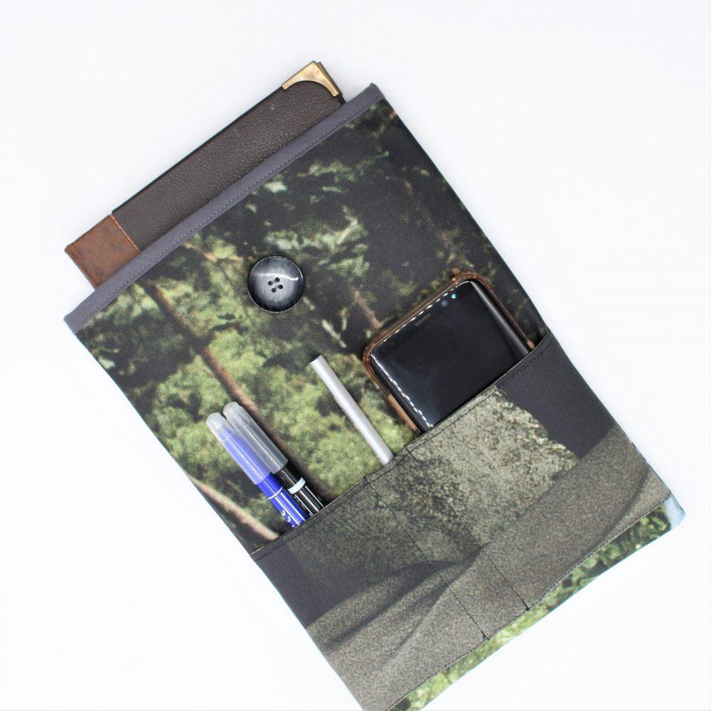 Tablet-Tasche aus einen Werbebanner