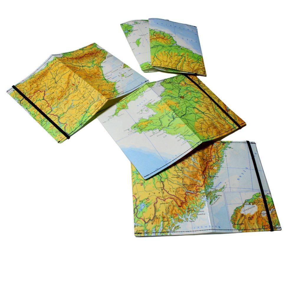 Schutzhülle aus laminierten Weltkarten