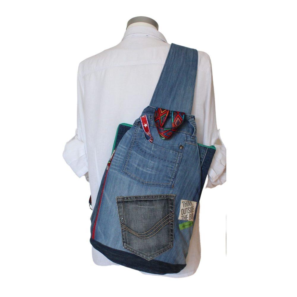 großer Jeans-Rucksack